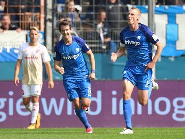 Robbie Kruse (l.) und Felix Bastians bejubeln den Bochumer Sieg gegen Ingolstadt