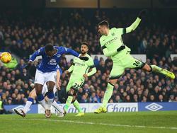 Romelu Lukaku (l.) köpfte Everton zum Sieg