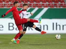 Maximilian Mittelstädt (r.) erzielte das 3:0 für die deutsche U20