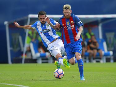 Attackiert Pablo Insua (l.) seine Gegner bald im Trikot von Schalke 04?