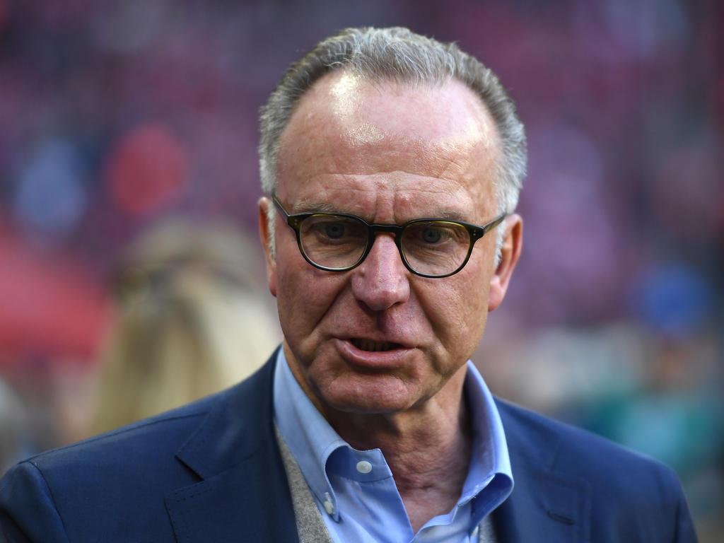 Karl-Heinz Rummenigge vom FC Bayern stichelt gegen Borussia Dortmund