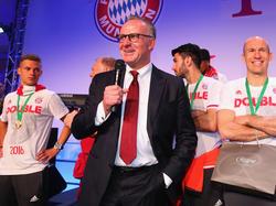 Karl-Heinz Rummenigge bleibt bis 2019 beim FCB