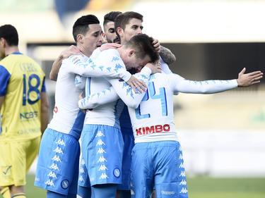 El Nápoles levanta así el ánimo tras su derrota en el Bernabéu. (Foto: Getty)