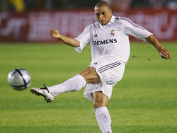Roberto Carlos es una leyenda viva de la historia blanca. (Foto: Getty)