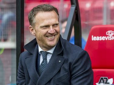 AZ beleeft een buitengewoon makkelijke wedstrijd tegen ADO Den Haag. John van den Brom ziet dat het goed is.