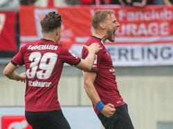 Hanno Behrens (re.) hat dem Club einen Punkt gegen Union Berlin gerettet