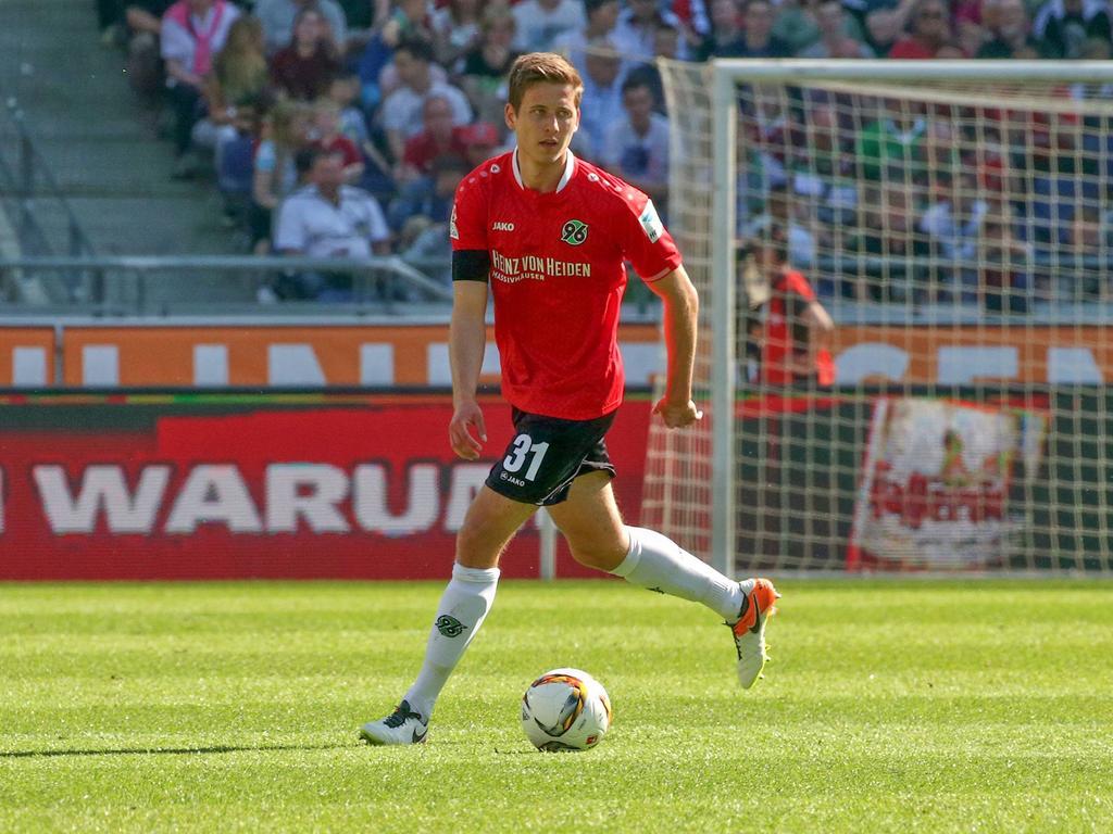 Waldemar Anton bleibt Hannover 96 treu