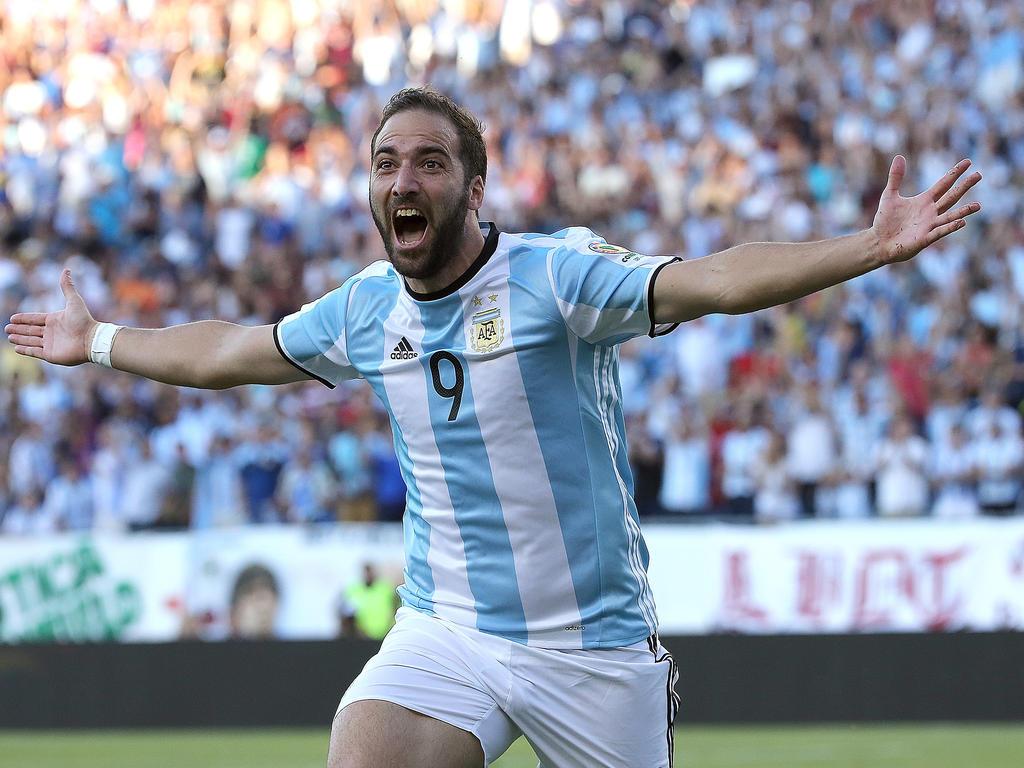 Gonzalo Higuaín spielt künftig in Turin