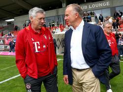 Karl-Heinz Rummenigge (r.) stärkte den Rücken von Carlo Ancelotti