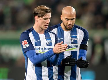 Niklas Stark (l.) und John Anthony Brooks könnten für Hertha gegen Werder Bremen ausfallen