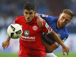 Kommt Benedikt Höwedes (r.) mit seinen Schalkern auch an Mainz 05 vorbei?