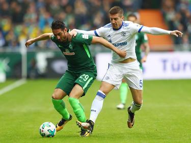 Ishak Belfodil (l.) ist für Werder Bremen noch ohne Treffer