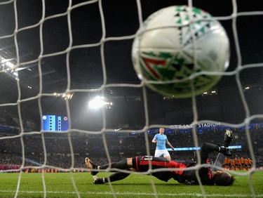 Der Ball bereitete den Stars von ManCity im Ligapokal einige Probleme