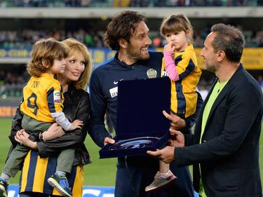 Luca Toni (M.) beendet im Sommer seine Karriere
