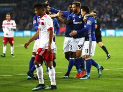 Die Königsblauen bejubeln das 2:0 von Guido Burgstaller