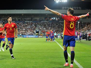 Sául (r.) schnürte gegen Italien einen Dreierpack