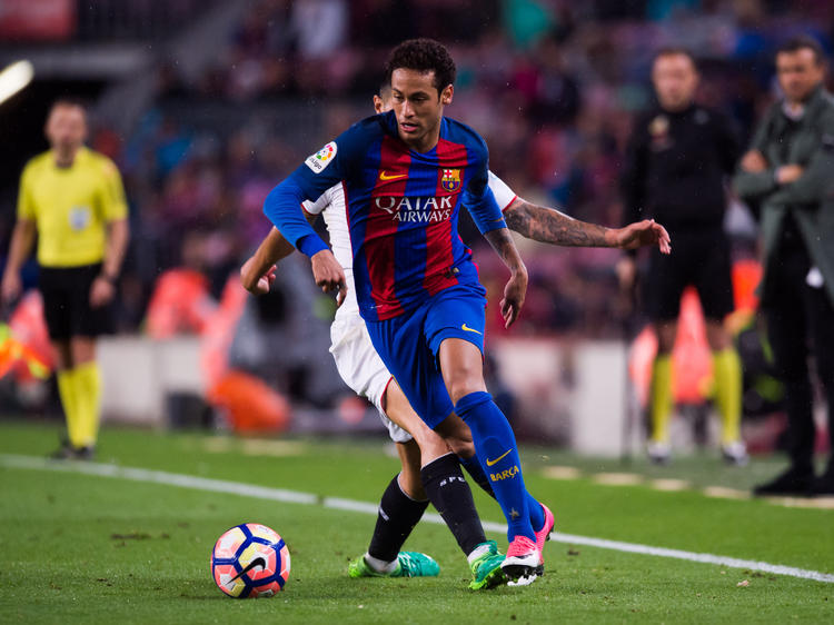 Neymar soll kurz vor einem Wechsel zu Paris Saint-Germain stehen