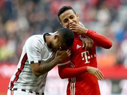 Thiago (r.) bleibt Bayern München wohl treu