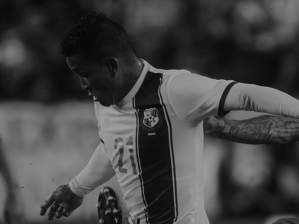 Fußball-Nationalspieler vor seiner Haustür erschossen