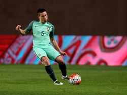 Läuft der portugiesische Nationalspieler Raphaël Guerreiro bald für den BVB oder Liverpool auf?