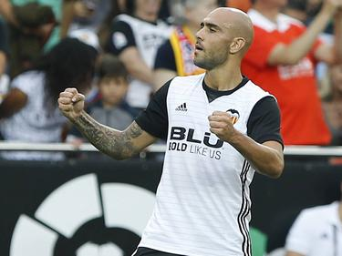 Simone Zaza celebra un gol ante el Athletic en Mestalla. (Foto: Imago)