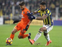 Für Júnior Caiçara (l.) und Başakşehir reicht es nur für Rang zwei