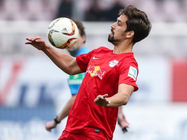 Rani Khedira läuft in der kommenden Spielzeit für den FC Augsburg auf