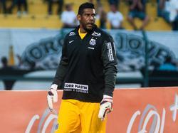 Santos-doelman Aranha was in de Braziliaanse beker het slachtoffer van oerwoudgeluiden.