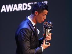 Cristiano Ronaldo fue elegido mejor jugador por la FIFA por segundo año consecutivo. (Foto: Getty)