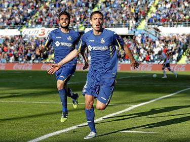 Scepovic celebra un tanto con la camiseta del Getafe. (Foto: Proshots)