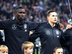 Auch Antonio Rüdiger (l.) und Julian Draxler meldeten sich zu Wort