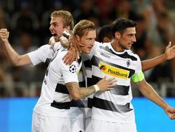 Pure Freude bei Kramer (l.) und Co. nach dem Hinspiel-Sieg in Bern