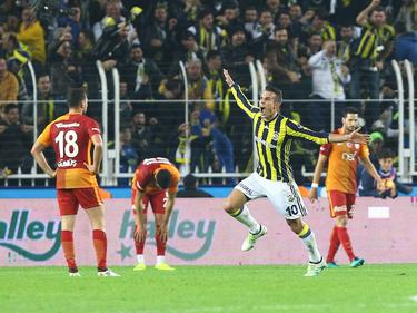 Robin van Persie traf doppelt für Fenerbahçe gegen Gala