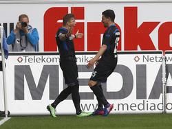 Aykut Soyak (r.) sorgte für Paderborns späten Siegtreffer