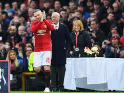 Wayne Rooney wechselt nicht nach China, sondern bleibt Manchester United treu