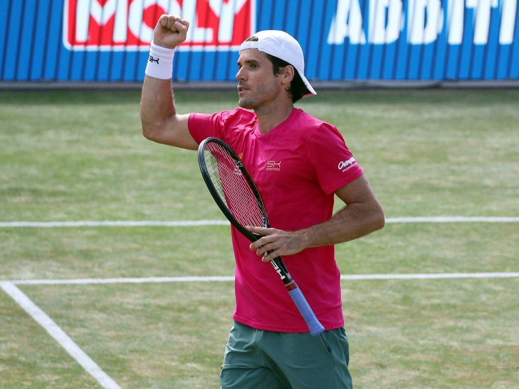 Tennis-Sensation: Tommy Haas schlägt Roger Federer class=