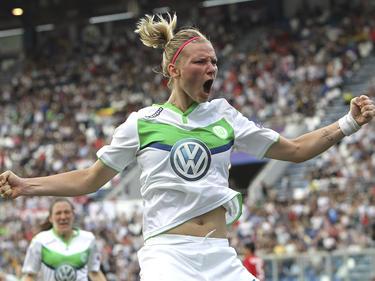 Alexandra Popp reist mit dem VfL Wolfsburg nach Freiburg