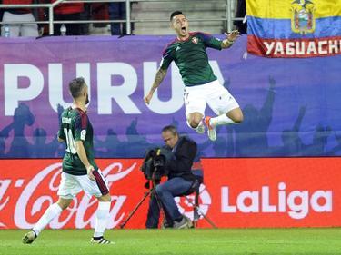 Sergio León (dcha.) celebra un tanto ante el Eibar esta campaña. (Foto: Imago)