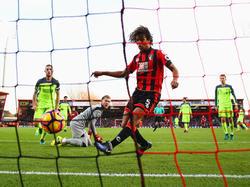 Da ist es passiert: Der Ball zappelt im Tor der Reds