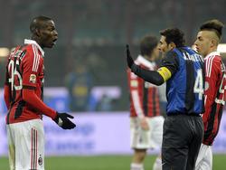 Der Frust sitzt nach den jüngsten Resultaten insbesondere bei Mario Balotellis (l.) AC Milan tief