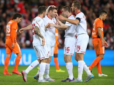 Los goles del equipo de la Premier los marcaron Lallana (28) y Milner (75). (Foto: Getty)