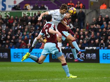 Fernando Llorente marcó de cabaza contra el Burnley. (Foto: Getty)
