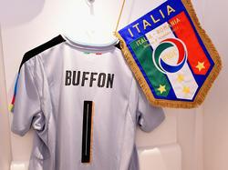 Gianluigi Buffons Trikot soll noch weitere Jahre in der italienischen Kabine hängen