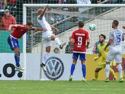 Timo Beermann traf in dieser Szene zum 1:0 für Heidenheim