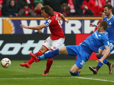 Den Mainzer Julian Baumgartlinger zieht es zu Bayer Leverkusen