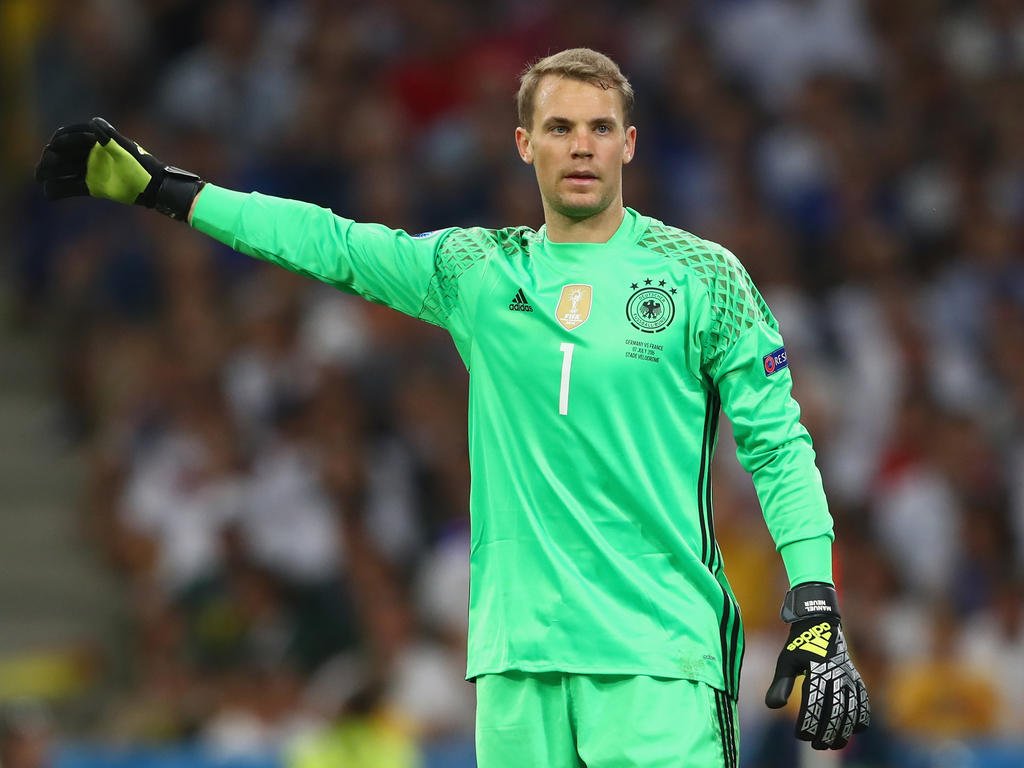 offiziell manuel neuer wird dfb kapit n. Black Bedroom Furniture Sets. Home Design Ideas