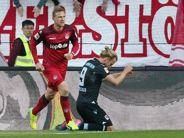 Christian Gytkjær (re.) besiegelte mit seinem Eigentor die Niederlage der Löwen