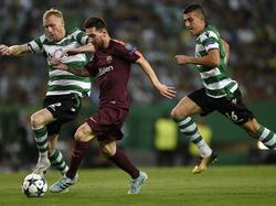 Messi se enfrentó a su antiguo companero Mathieu. (Foto: Getty)