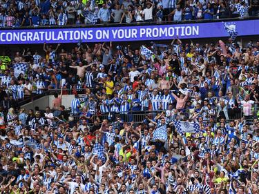 Besonderes Geschenk für die Fans von Huddersfield Town