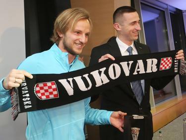 Ivan Rakitić (l.) will mit Kroatien den EM-Titel